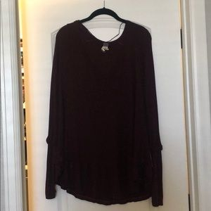 Free people thermal shirt. Barely worn, maroon